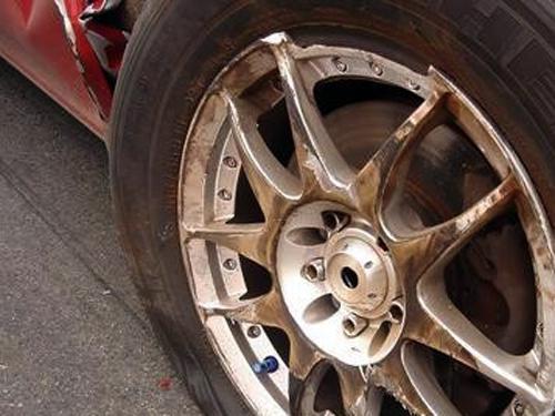 轮毂腐蚀要如何修复_志琦轮毂电镀